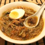 zuppa di noodles all'orientale