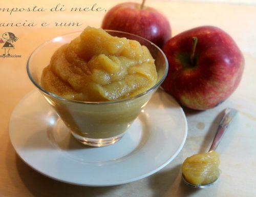 Composta di mele, arancia e rum
