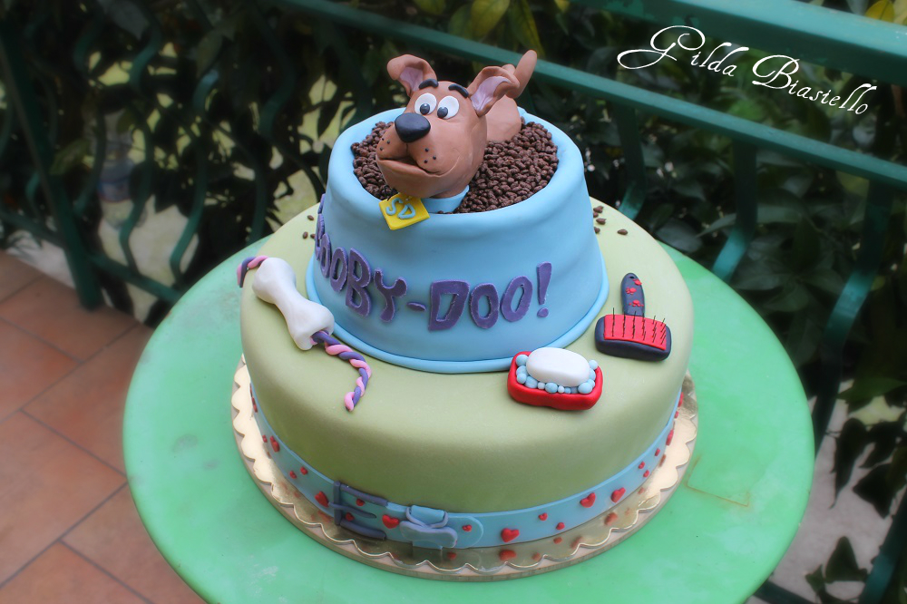 Torta Scooby Doo in pasta di zucchero