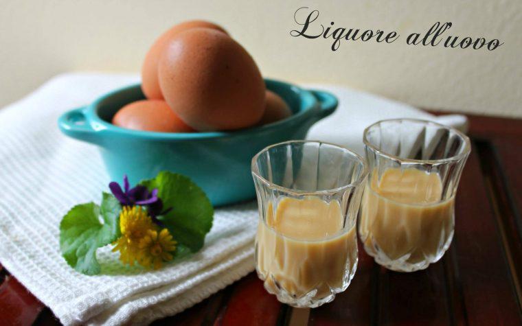 Liquore all'uovo fatto in casa