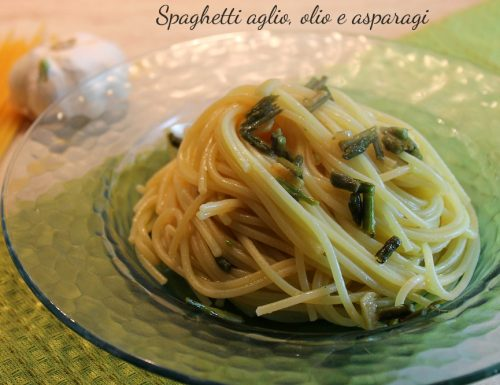 Spaghetti aglio, olio e asparagi