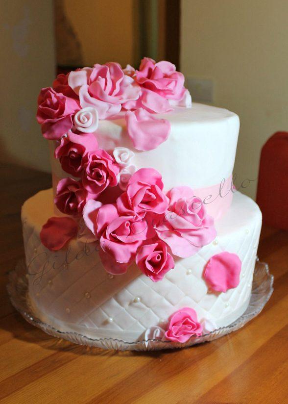 Torta Rose Rosa In Pasta Di Zucchero Donnepasticcione