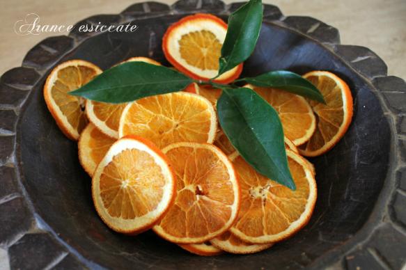 Come essiccare le arance donnepasticcione for Arance essiccate decorazioni