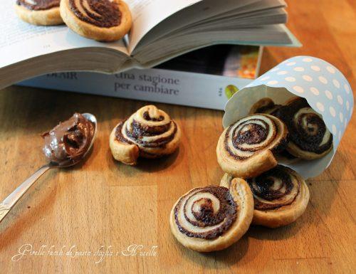 Girelle facili di pasta sfoglia e Nutella