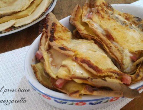 Crepes al prosciutto cotto e mozzarella