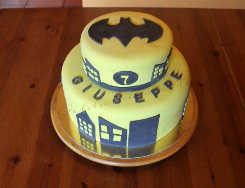 Torta Batman in pasta di zucchero
