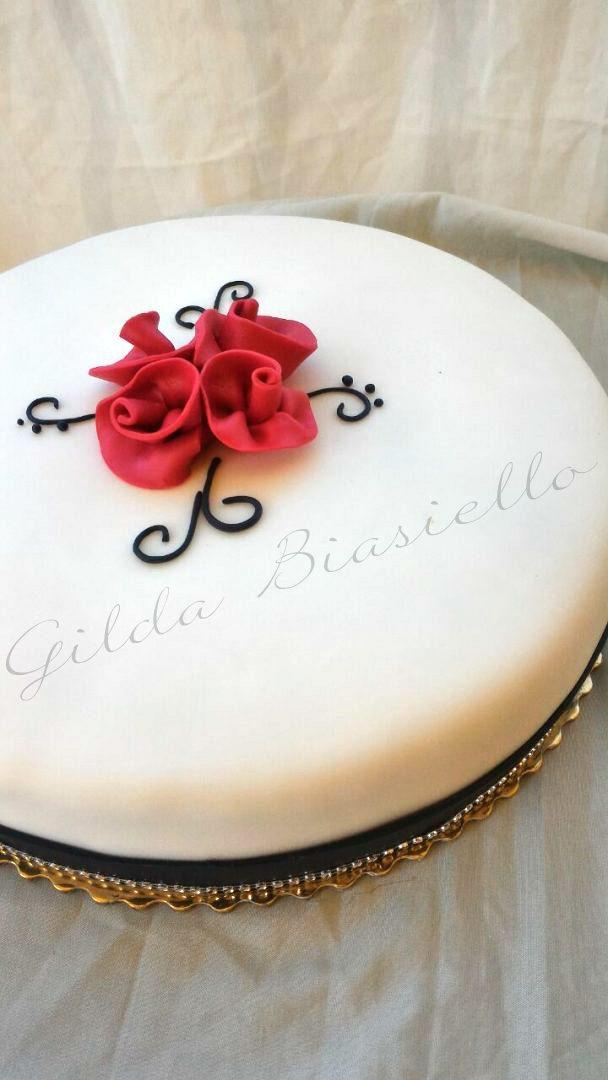 Torta Compleanno In Pasta Di Zucchero Donnepasticcione