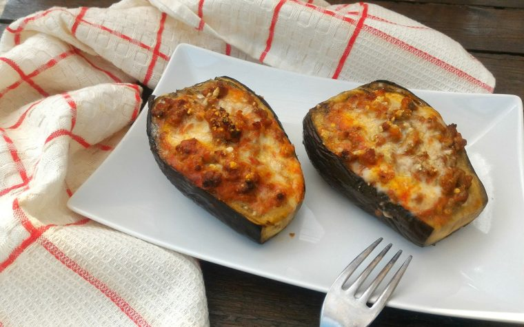 Melanzane ripiene di carne e mozzarella
