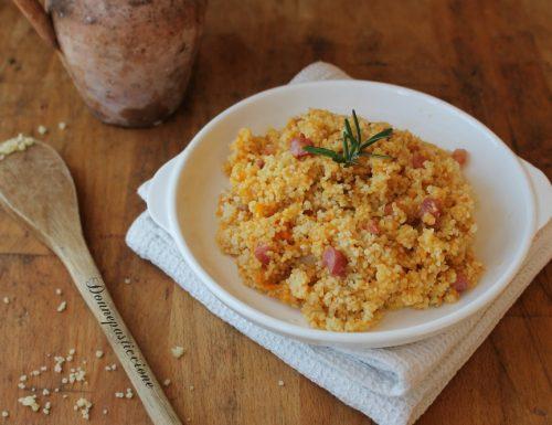 Couscous con crema di zucca e pancetta croccante