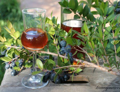 Liquore al mirto fatto in casa