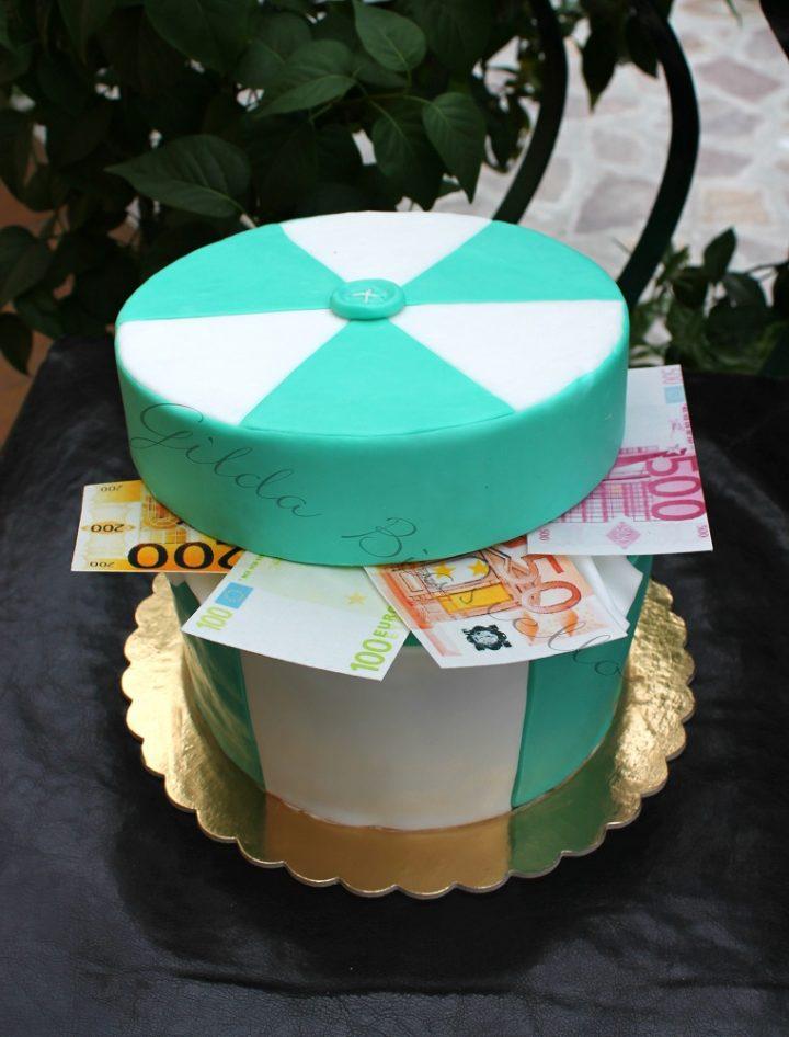 torta scrigno di soldi in pasta di zucchero