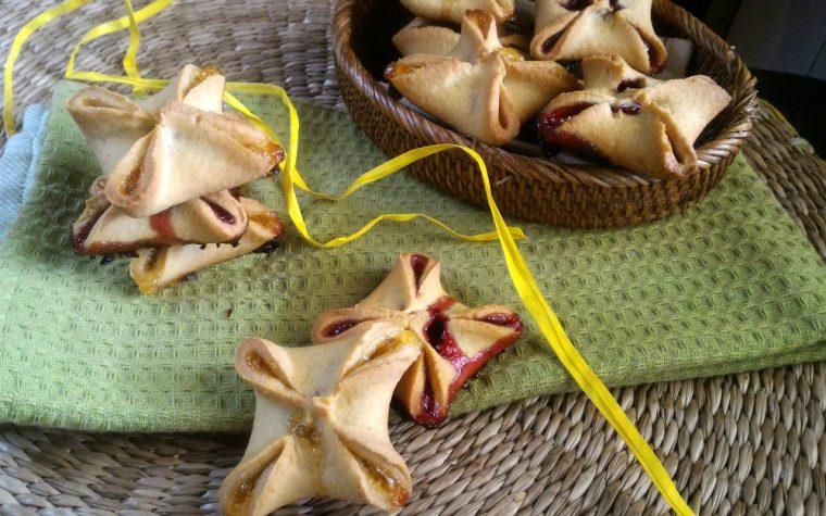 Pasticcini di pasta frolla alla marmellata