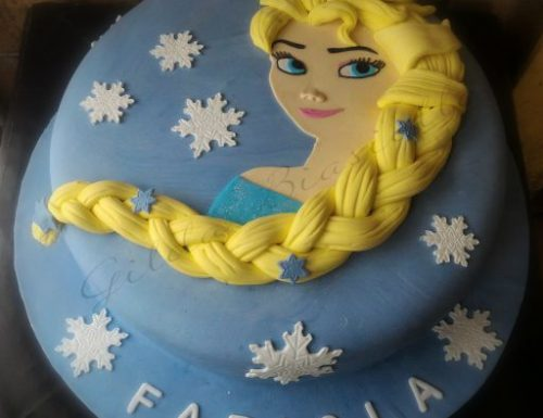 Torta di Frozen in pasta di zucchero