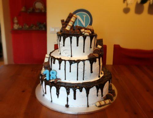 Drip cake a tre piani del Napoli