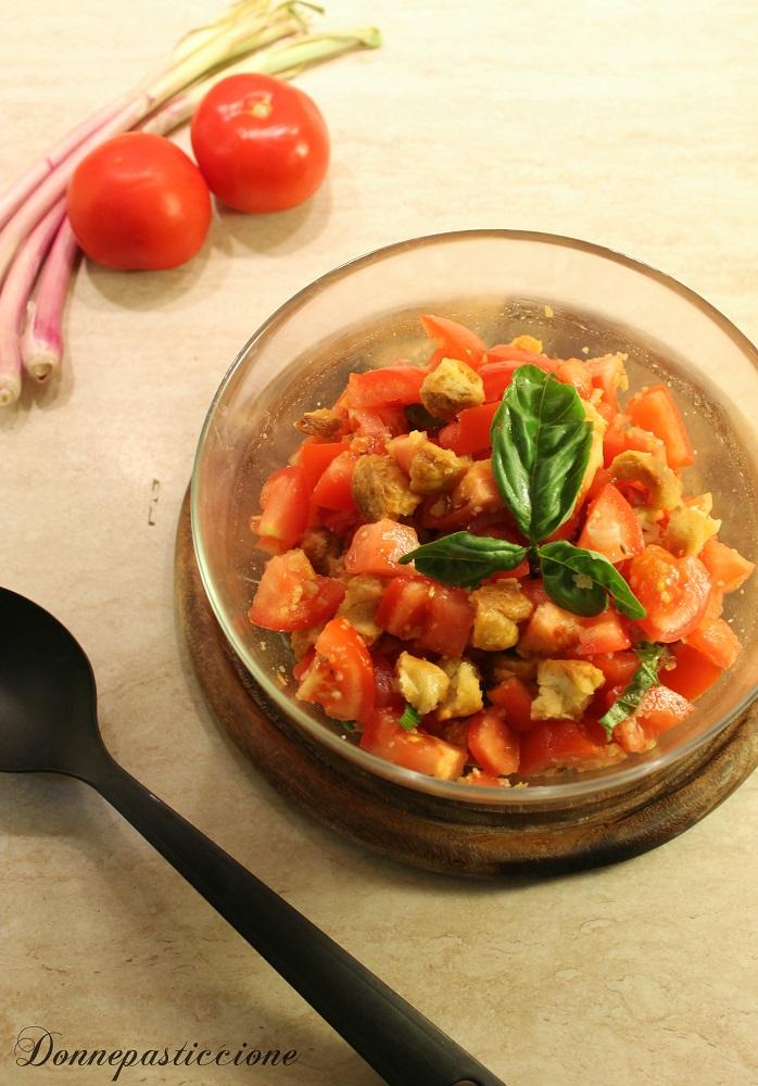 panzanella molisana con taralli all'olio