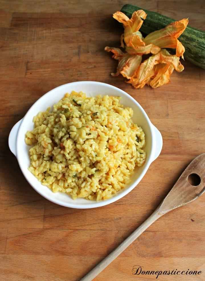 risotto allo zafferano con fiori di zucca e zucchine