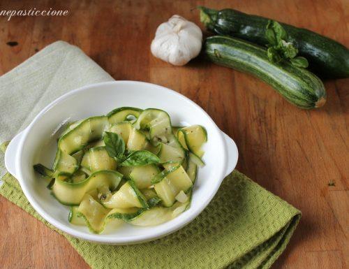 Zucchine marinate a crudo