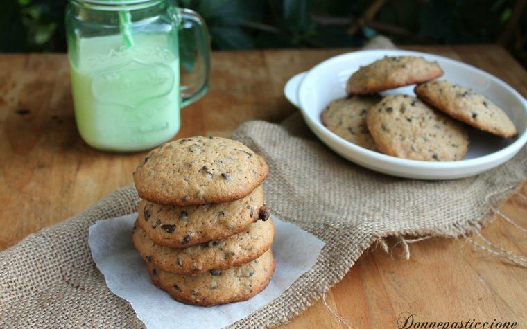 Maxi cookies alla banana e cioccolato fondente