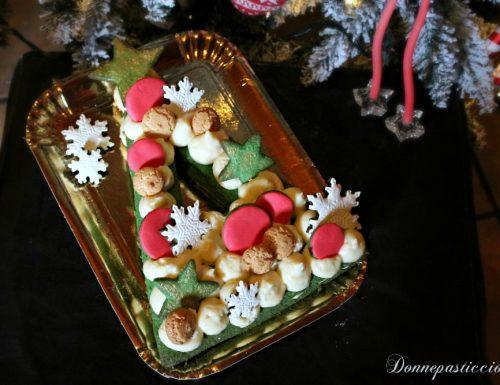 Cream tart ad albero di Natale