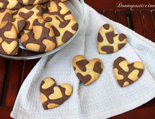 Cuori bicolori alla vaniglia e cacao