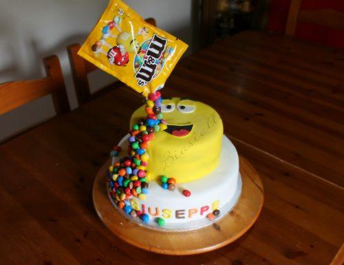 Gravity cake cascata m&m's a due piani