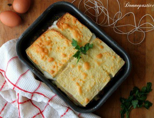 Lasagne bianche di pancarré con fesa e scamorza