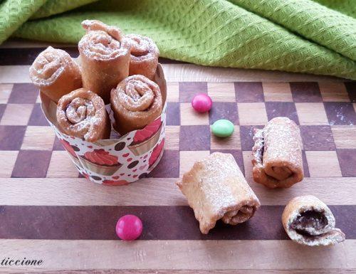 Girelle morbide di Carnevale alla Nutella