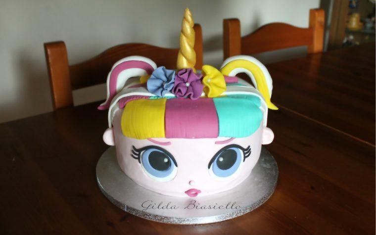 Torta LOL Unicorno in pasta di zucchero