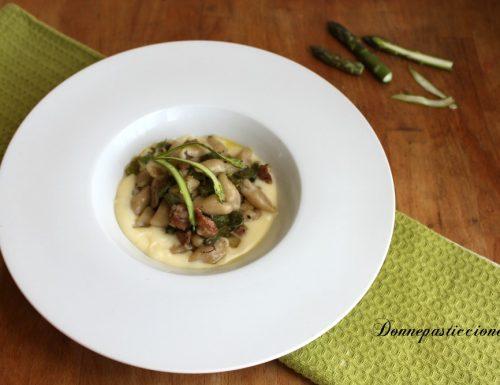 Gnocchi asparagi e tartufo su fonduta di caciocavallo