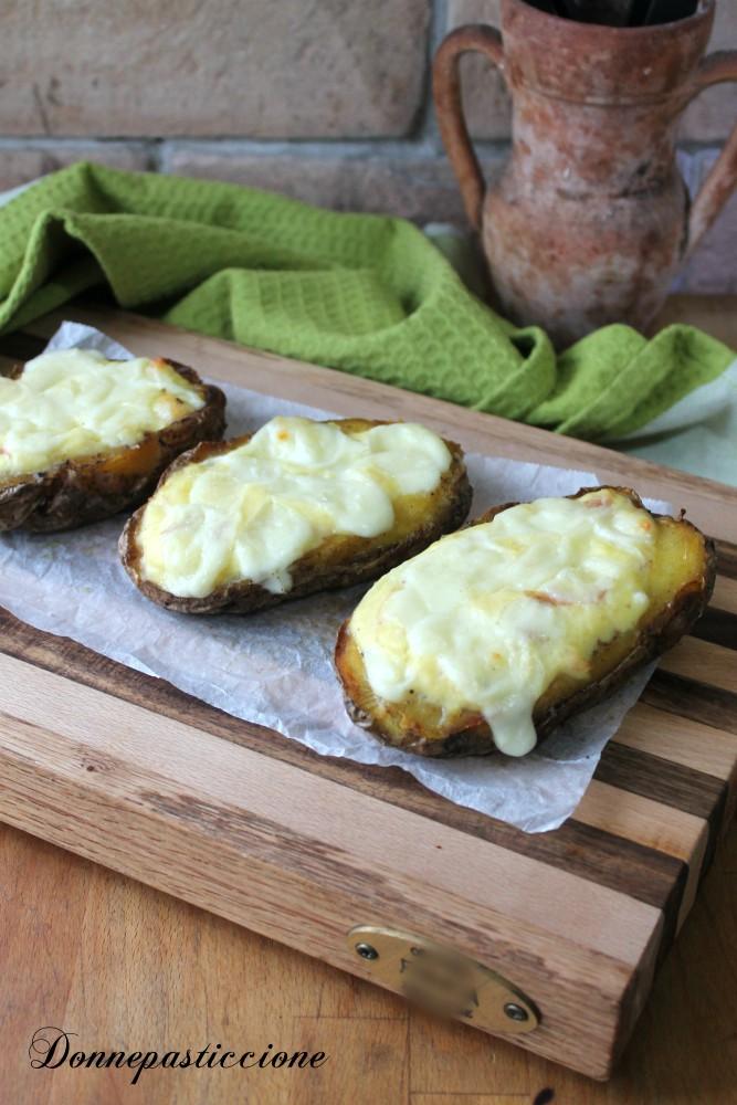 patate filanti ripiene cotta al forno