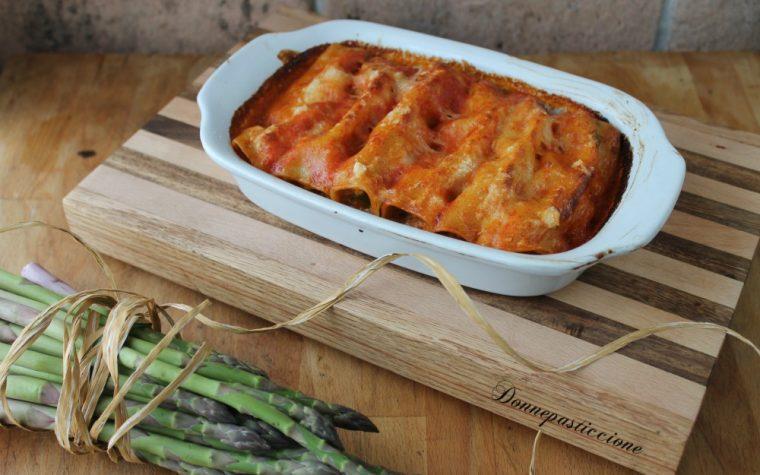 Cannelloni agli asparagi e salsa di pomodoro