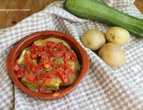 Tiella di patate, zucchine e pomodori