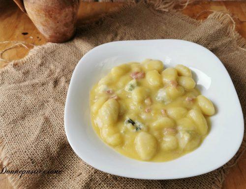 Gnocchi zucca e gorgonzola con pancetta croccante