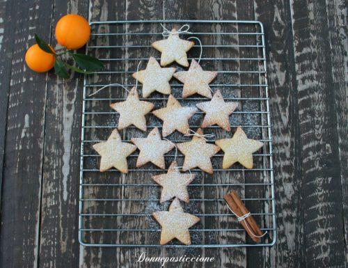 Stelle di Natale al profumo di arancia e cannella
