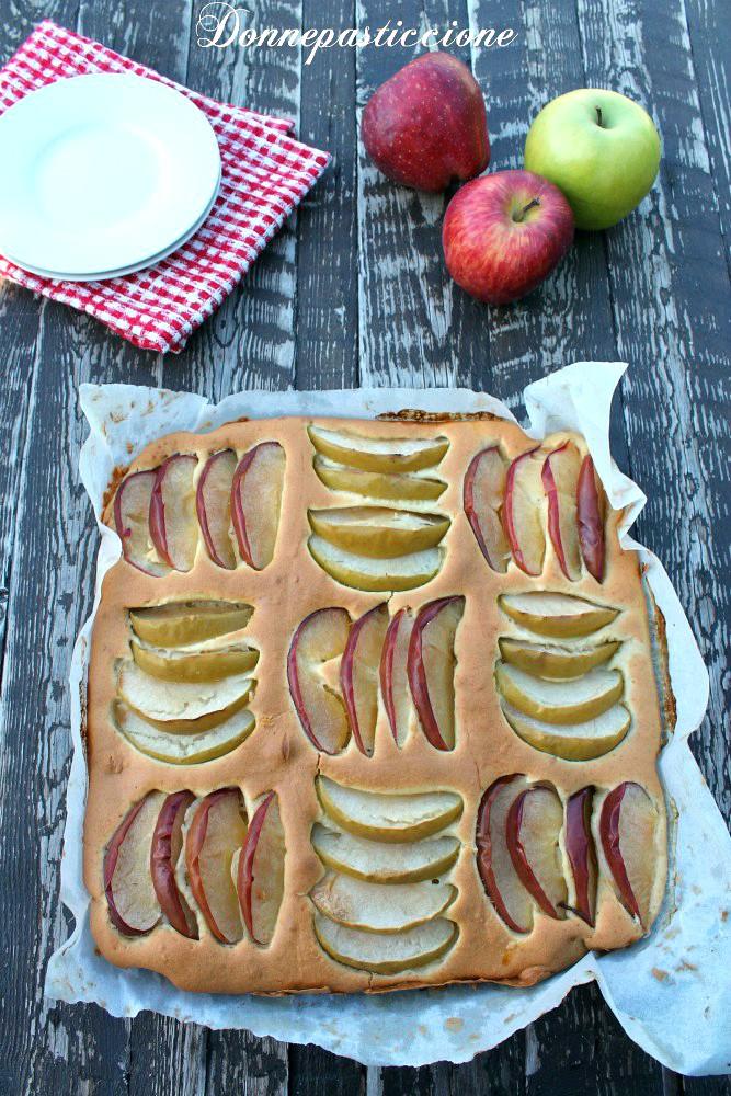Crostata morbida alle mele a scacchi