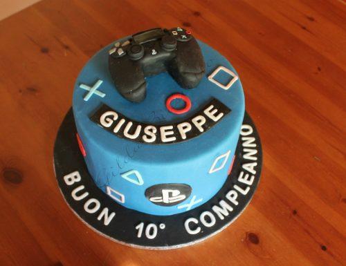 Torta controller Playstation in pasta di zucchero