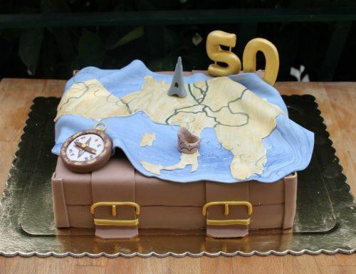 Torta tema viaggio per 50 anni