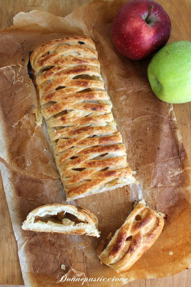 treccia di pasta sfoglia con crema e mele