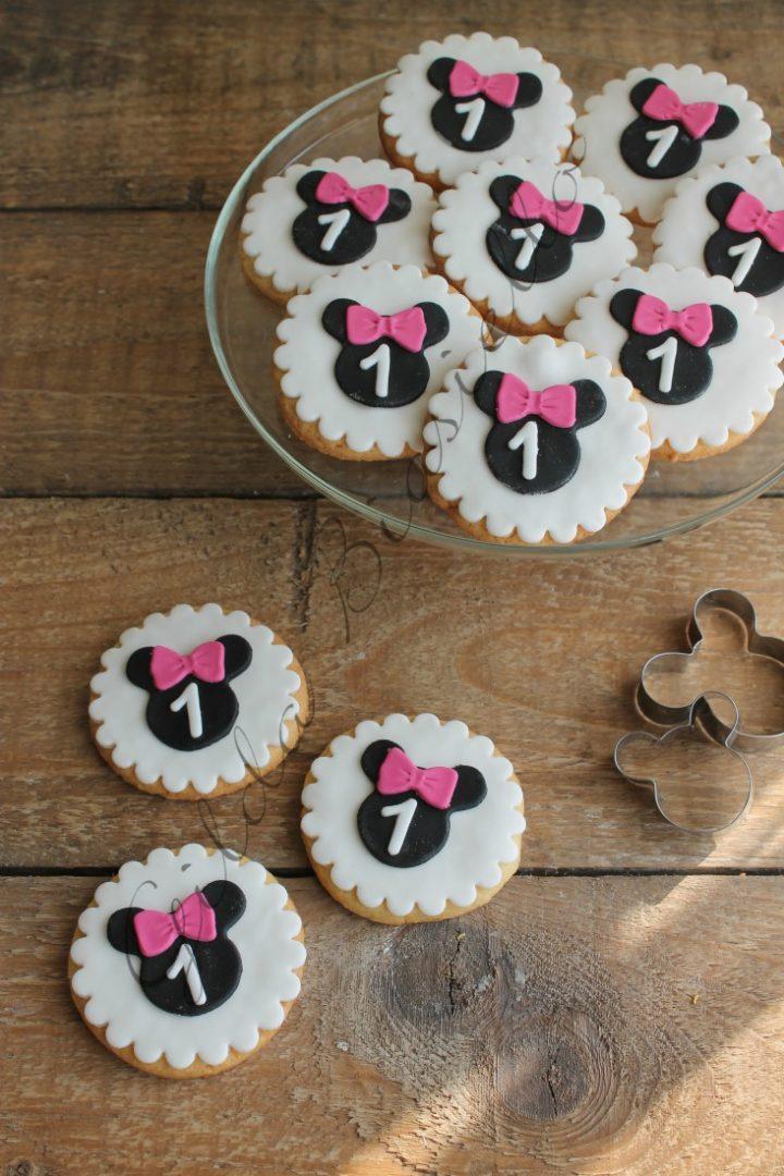 biscotti decorati a tema Minnie