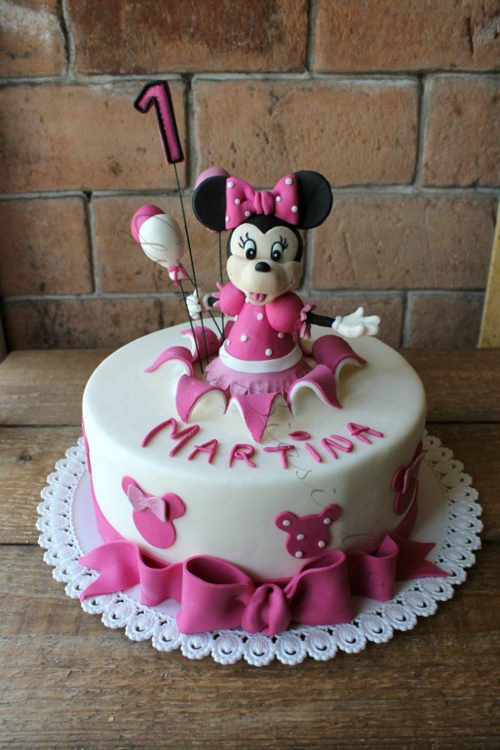 Torta Minnie rosa decorata con pasta di zucchero ...