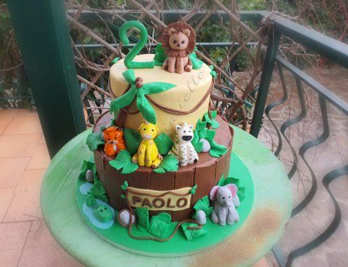 Torta animali della giungla in pasta di zucchero