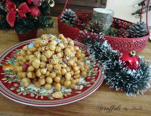 Struffoli o ciciariegl' di Natale – ricetta senza lattosio