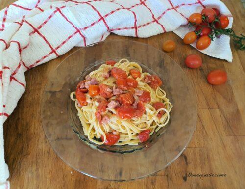 Spaghetti con pomodorini, pancetta e salsa al tartufo