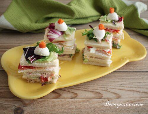 Tramezzini di tonno, uova e insalata russa