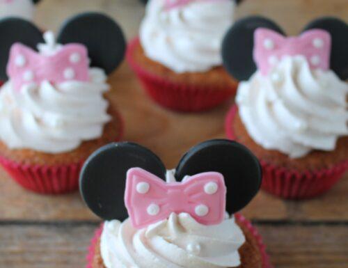 Cupcakes alla vaniglia a tema Minnie