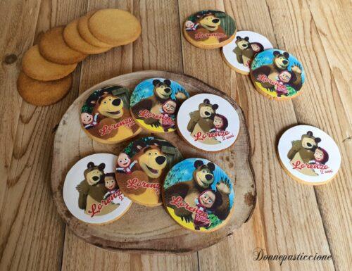 Biscotti al burro decorati a tema Masha e Orso