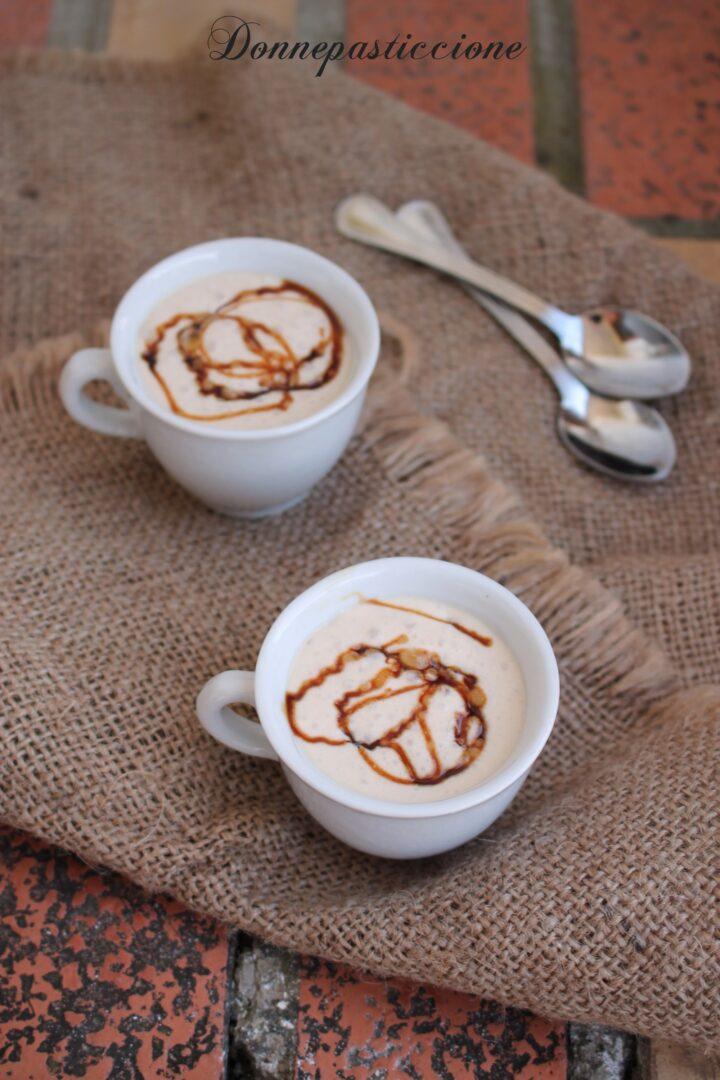crema fredda di caffè americano e caramello