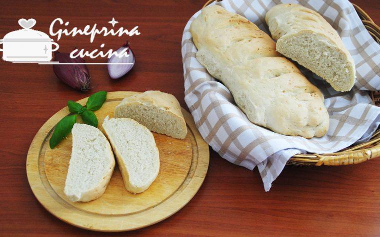 filoncini di pane alle cipolle di Tropea
