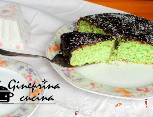 torta alla menta e cocco con glassa al cioccolato