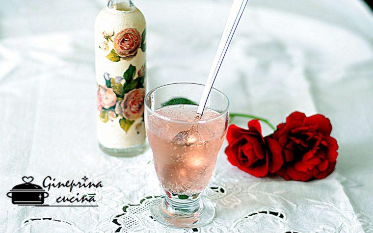 sciroppo di rose fatto in casa